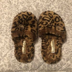 Michale Kors Leopard Slippers